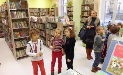 Kolejne pierwszaki poznały bibliotekę