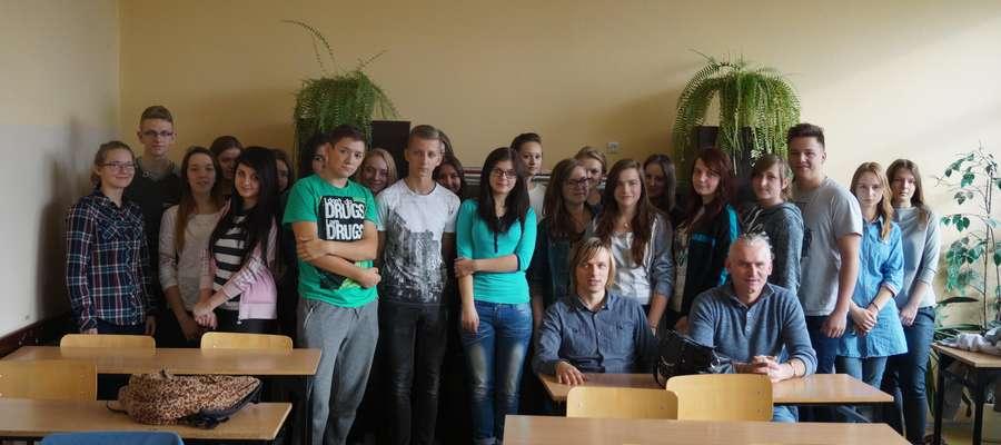 Dyrektor ŻCK Piotr Wlizło i Robert Lemański osobiście zaprosili uczniów do wzięcia w konkursie