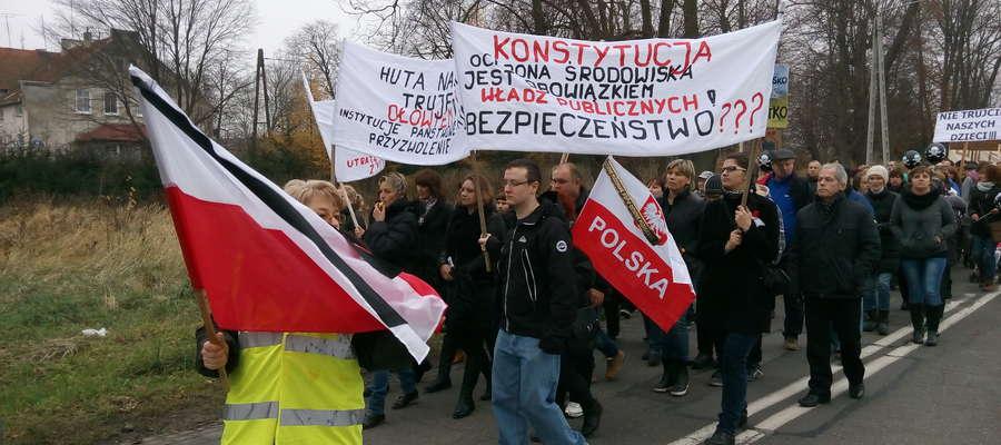 Na nic protesty, na nic skargi. Mieszkańcy Korsz nie poddają się jednak.