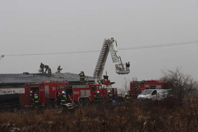 Pożar stolarni w Dywitach