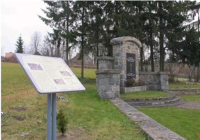 Fragment ścieżki historycznej w Żytkiejmach - full image