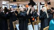 Studenci medycyny odebrali dyplomy w Kortowie