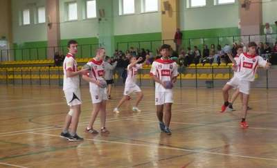 Zawody Szkolnego Związku Sportowego. Gimnazjum w Rybnie trzecie w rejonie