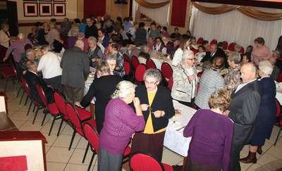 Rodzinna atmosfera na spotkaniu wigilijnym w Rożentalu