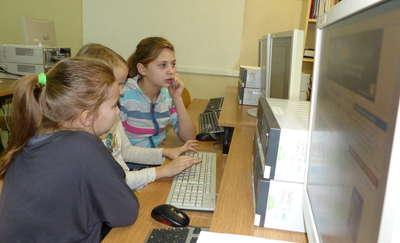 Warsztaty dziennikarskie w szkole w Ponikach