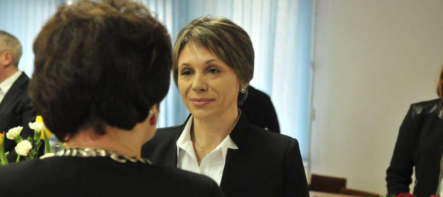 Jako pierwsza gratulacje burmistrz złożyła Przewodnicząca Barbara Michalska