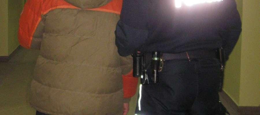 Policja zatrzymała sprawcę włamania do sklepu w Barcianach
