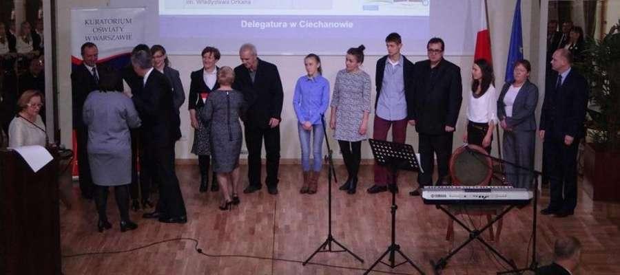 Uczniowie z powiatu żuromińskiego otrzymali stypendium Prezesa Rady Ministrów