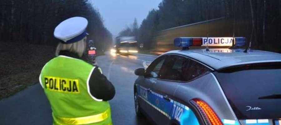 Dziś powroty ze świąt. Patrole będą monitorować sytuację na drogach, w razie potrzeby interweniować
