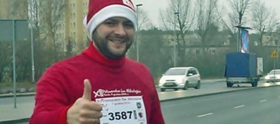 Grzegorz Witulski, świeżo upieczony klubowicz, wystartował w mikołajkowym półmaratonie w Toruniu
