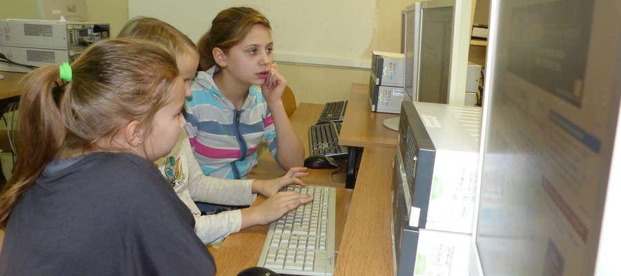 Dziś uczniowie sami już piszą teksty dziennikarskie