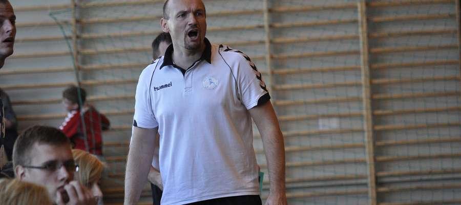 Trener Szczypiorniaka Krzysztof Maciejewski przeżył w niedzielę niezłą huśtawkę nastrojów
