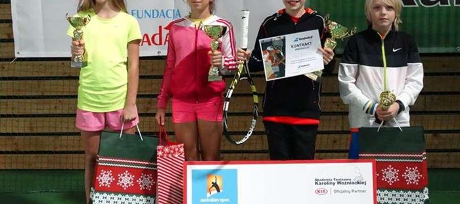 Olaf Pieczkowski (drugi od prawej) awansował aż do finału.