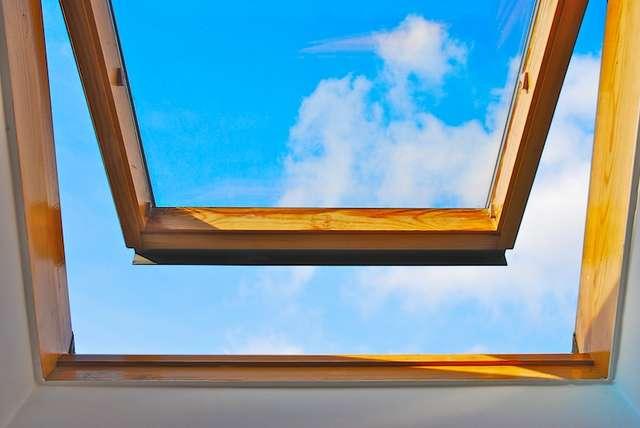 Wietrzenie mieszkania niestety nie uchroni nas przed roztoczami. - full image