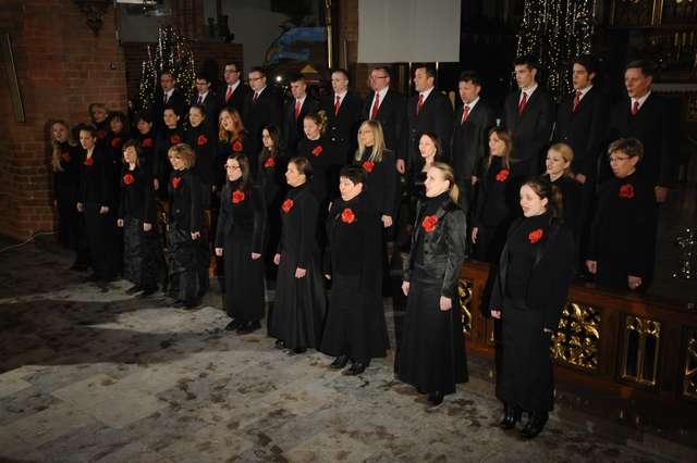 Koncert kolęd w olsztyńskiej katedrze - full image