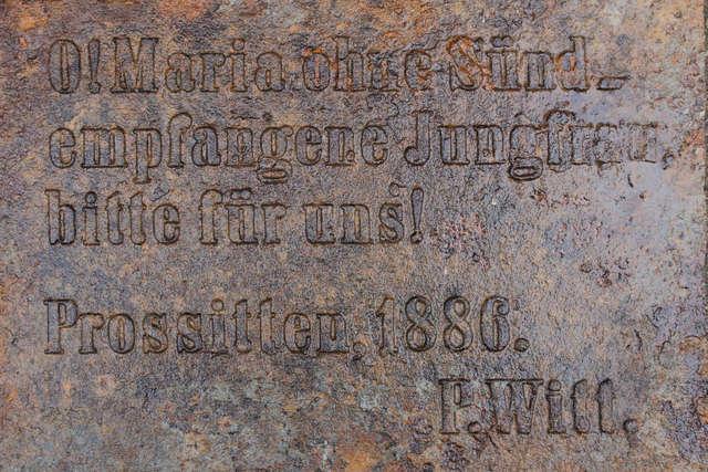 Prosity: Żeliwna tablica z 1886 r. wyszperana w złomie - full image