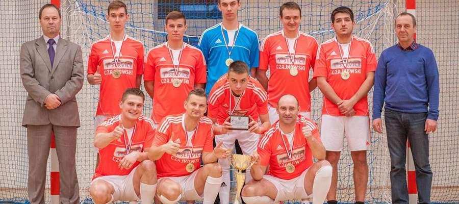 SKP Czajkowski Team najlepszy zespół Powiatowej Ligi Halowej Piłki Nożnej