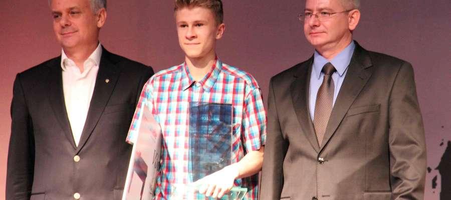 Ubiegłoroczny zwycięzca, Hubert Łaniewski, w towarzystwie Piotra Żuchowskiego i Macieja Radtke