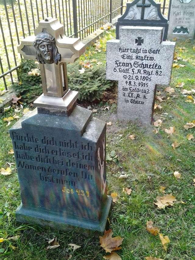 Cmentarz ewangelicki z kwaterą wojenną z I wojny światowej w Piszu - full image