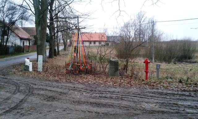 Pomnik poległych w Krzyżanach - full image