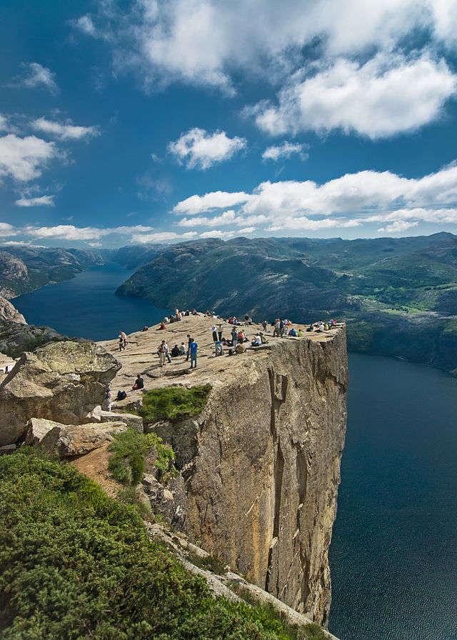 Preikestolen, Norwegia - full image