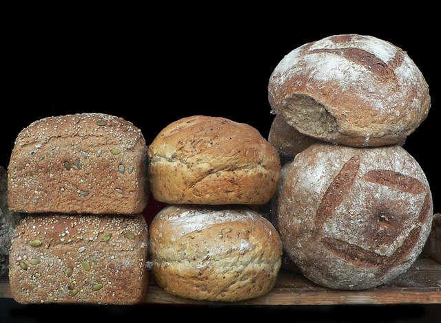 Bardzo często odzwierciedlana była ona w specyficznych pokarmach i napojach - chleb maczano w oliwie lub smarowano powidłami, śledzie podawano bez śmietany, z której rezygnowano także w przypadku kawy.