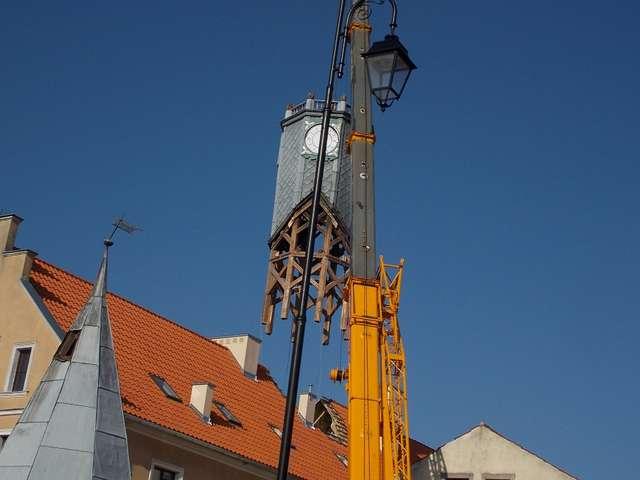 Ratusz w Barczewie stracił wieżę - full image