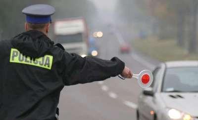 Pędził z prędkością 101 km/h w obszarze zabudowanym – policjanci zatrzymali mu prawo jazdy