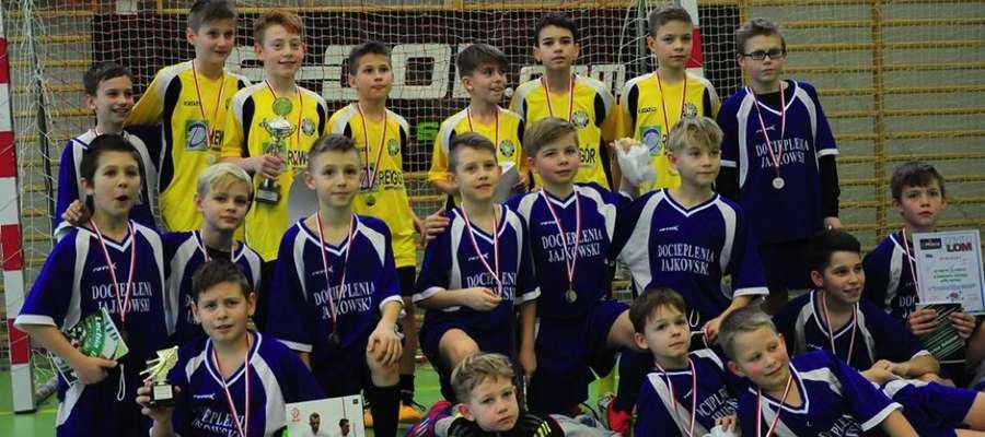 Młodzi piłkarze z Wikielca na turnieju w Nowym Mieście Lubawskim