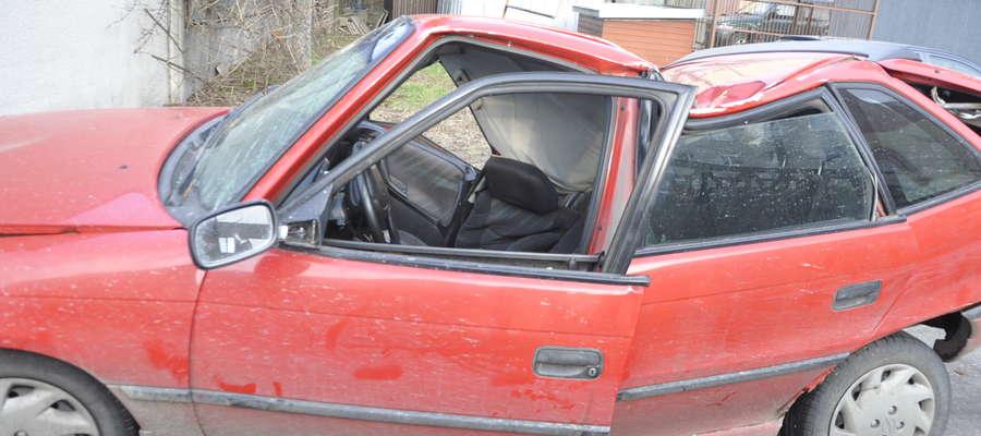 Rozbity samochód nadaje się tylko na złom