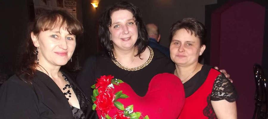 Organizatorki bali charytatywnych w Bisztynku. Od lewej: Agnieszka Kobryń, Agnieszka Gach, Iwona Oleksik.