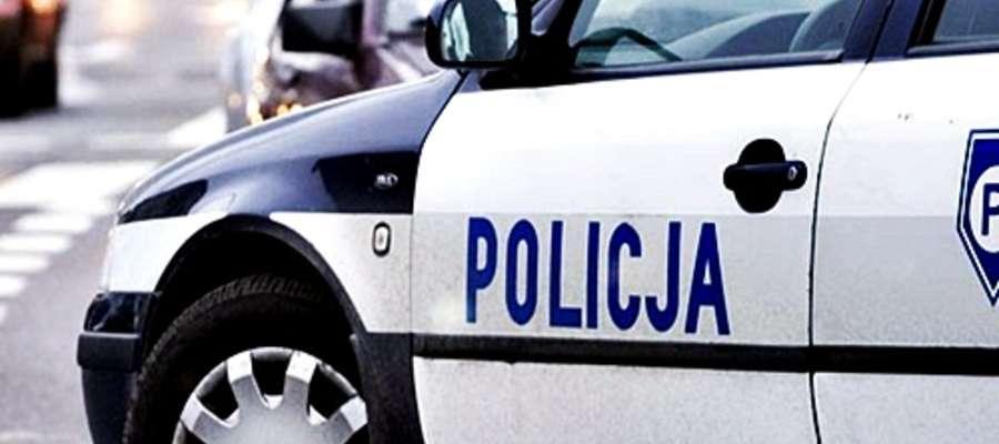 W każdym tygodniu policja zatrzymuje kilku nietrzeźwych szoferów. Ilu udaje  się bezkarnie przejechać...?