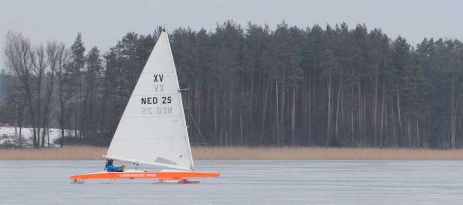 Monotyp XV na jeziorze Bocznym