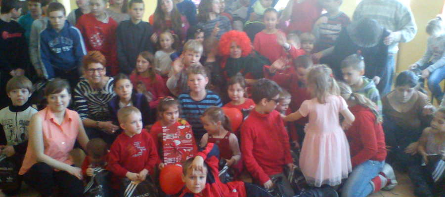 Uczestnicy balu w Rynie