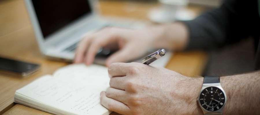 5 kroków, które trzeba zrobić po utracie pracy