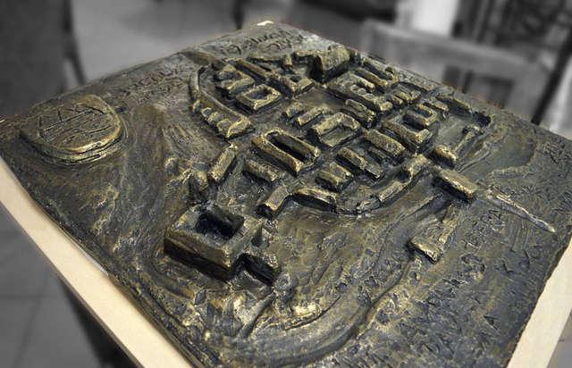 Dzieci z Kreatywnego Strychu stworzyły makietę średniowiecznych Jezioran  - full image