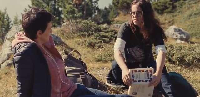 Juliette Binoche i Kristen Stewart w Sils Maria w kinach od 20 marca - full image