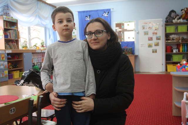 - Dawid nie jest jeszcze gotowy na szkołę - uważa jego mama, Anna Pajka. - full image