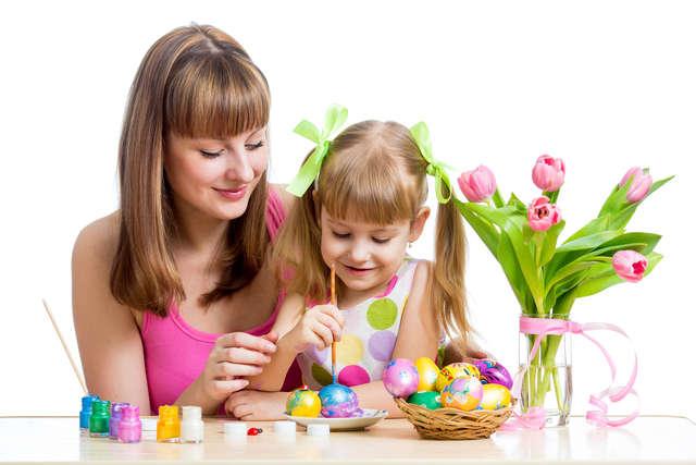 Jajko, bułka z czekoladą i latające czarownice  - full image