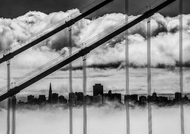 """San Francisco. Jedno ze zdjęć prezentowanych na wystawie """"USA w obiektywie"""" - full image"""