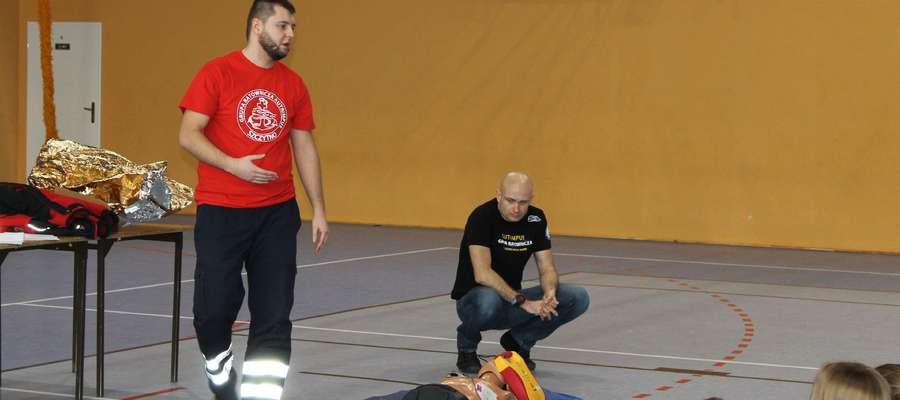 W szkoleniu w Jedwabnie uczestniczyli ratownicy z Grupy Ratowniczej Autrimpus Szczytno: Kamil Olczyk i Marcin Bałazy