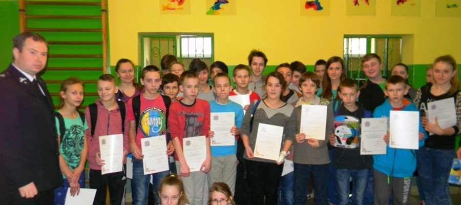 W turnieju uczestniczyła młodzież z terenu gminy Braniewo rywalizująca w dwóch kategoriach: szkoły podstawowe oraz gimnazja