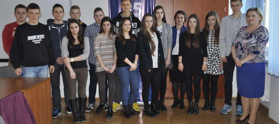 Żuromińscy uczniowie spotkali się z władzami miasta