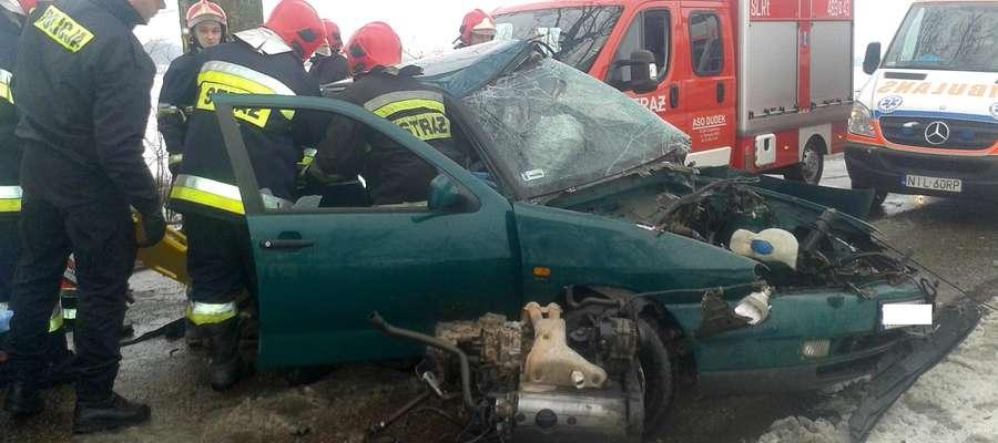Poważny wypadek pod Lubawą - silnik wypadł na drogę