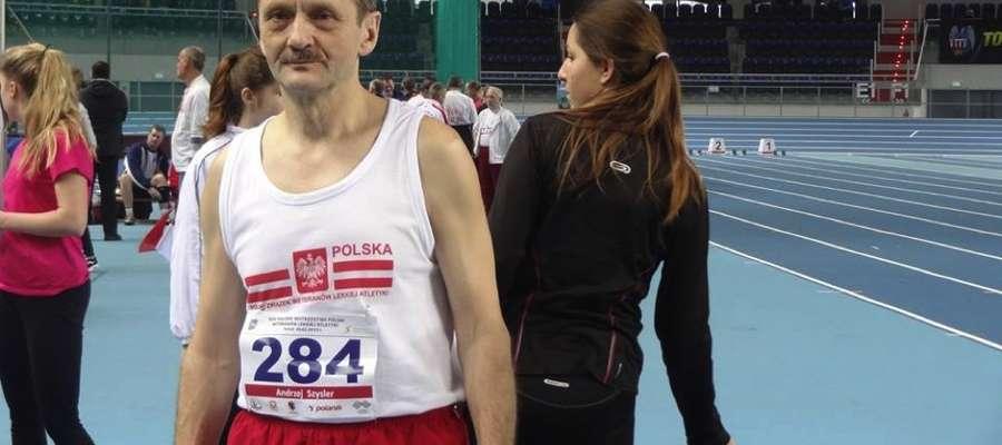 Andrzej Szysler z Susza od lat jest miłośnikiem lekkoatletyki. Na co dzień pracuje jako nauczyciel wychowania fizycznego w Zespole Szkół w Suszu