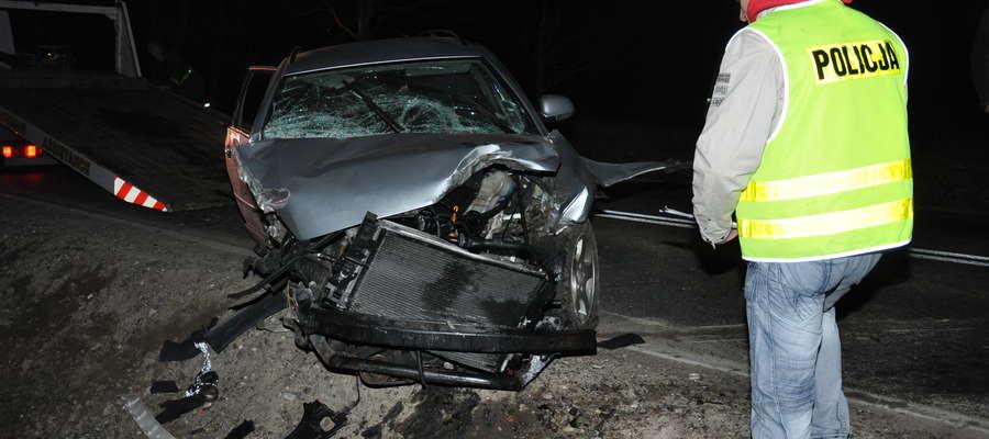 W wypadku na trasie Babiak - Miłkowo zginął 51-letni pasażer, kierowca uciekł