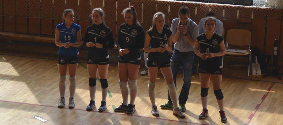 Ostródzkie młodziczki turniej zaczęło zwycięsko