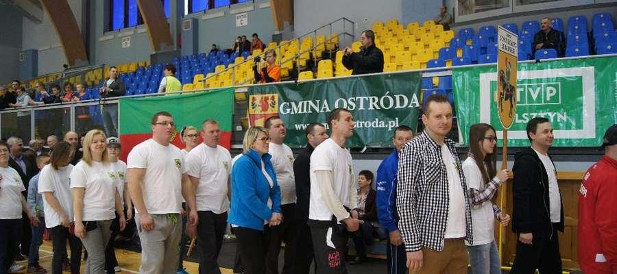 Reprezentacja gminy Nowe Miasto Lubawskie podczas rozpoczęcia igrzysk