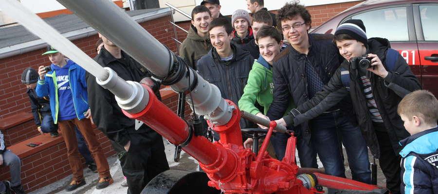 Działo wodne, zamek i starówka. Dzieci z Ukrainy zwiedziły Olsztyn