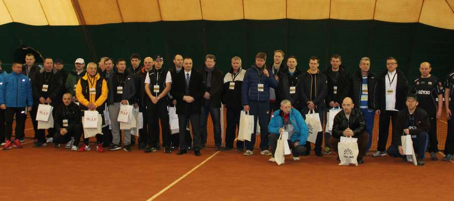 Uczestnicy zawodów przed rozpoczęciem turnieju